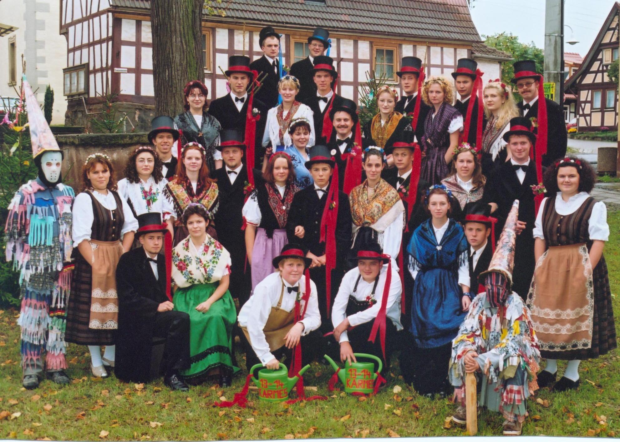 https://www.fraenkische-kirchweih.de/wp-content/uploads/2018/10/020-KirmesLinden-1999.jpg