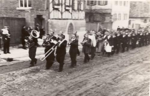 EyershsnPlantanz1951-11